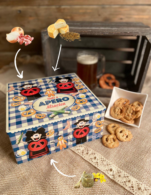 Boîte carrée décor APERO garnie de biscuits salés 450g