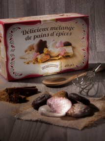 Boîte assortiment de pains d'épices enrobés de sucre et de chocolat