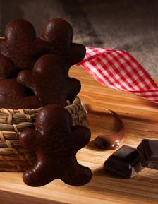 Bonhomme en pain d'épices enrobé de chocolat noir
